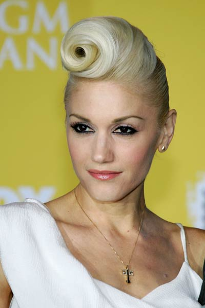 how to get gwen stefani hairstyles. Take a look and get